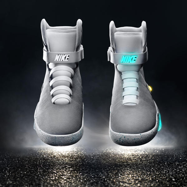 samosznurujace-Nike-Mag