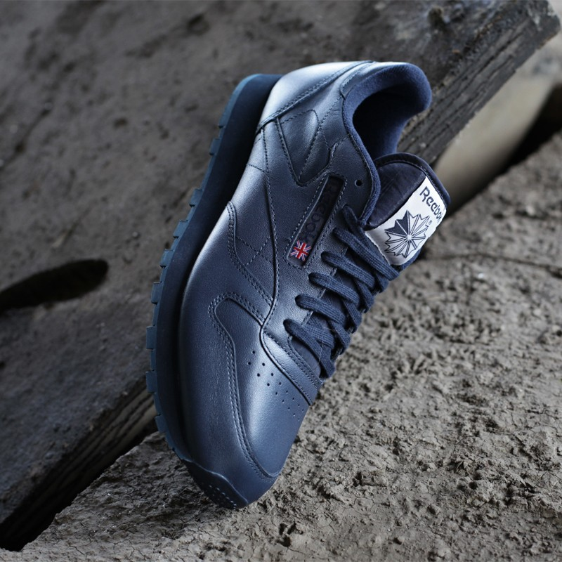 reebok-classic-leather-granatowe