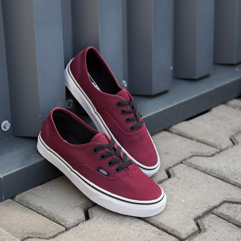 vans-authentic-bordowe
