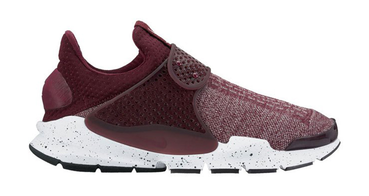 nike-sock-dart-night-maroon